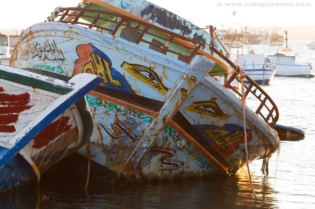 barcone immigrato immigrazione sicilia sbarchi