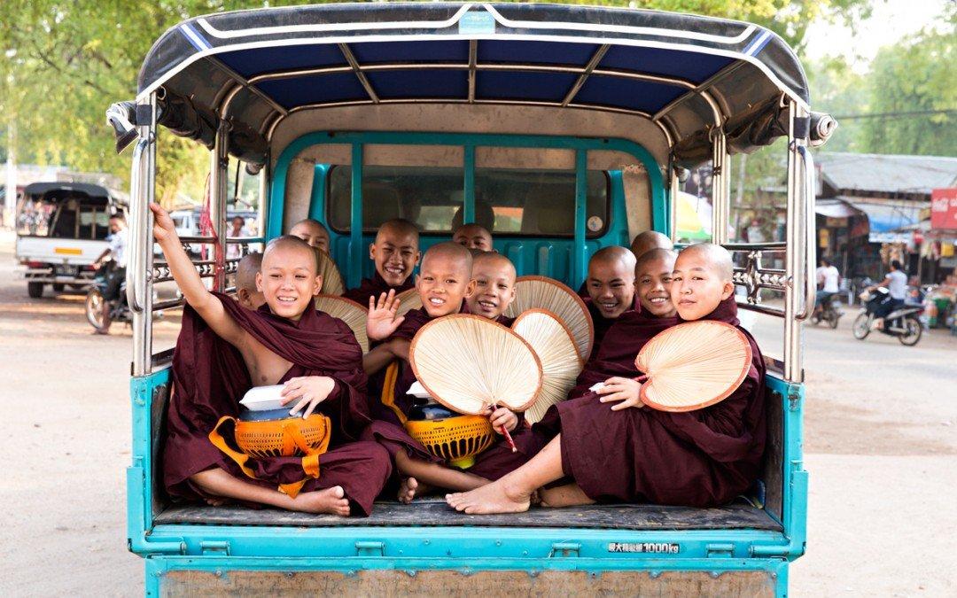 Myanmar: tra sabbia e sudore