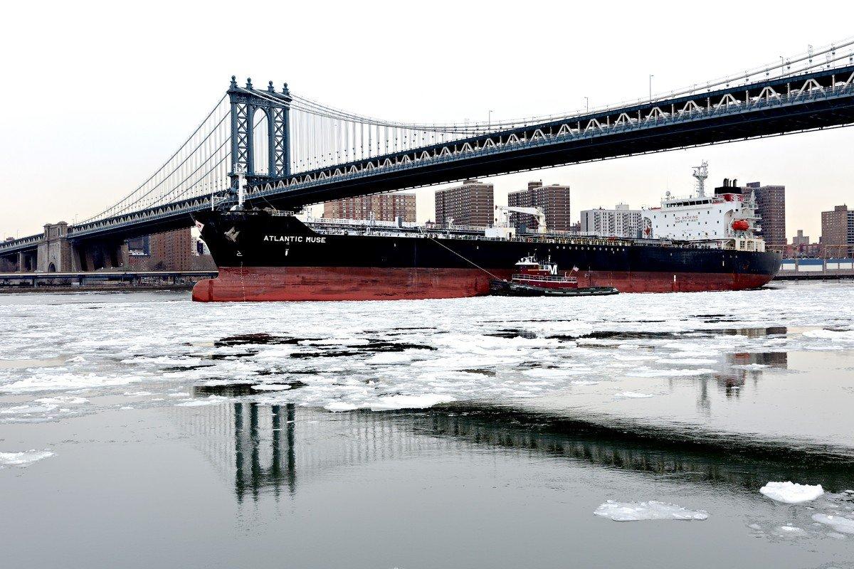 Stati Uniti - L'east River ghiacciato - Sud Manhattan