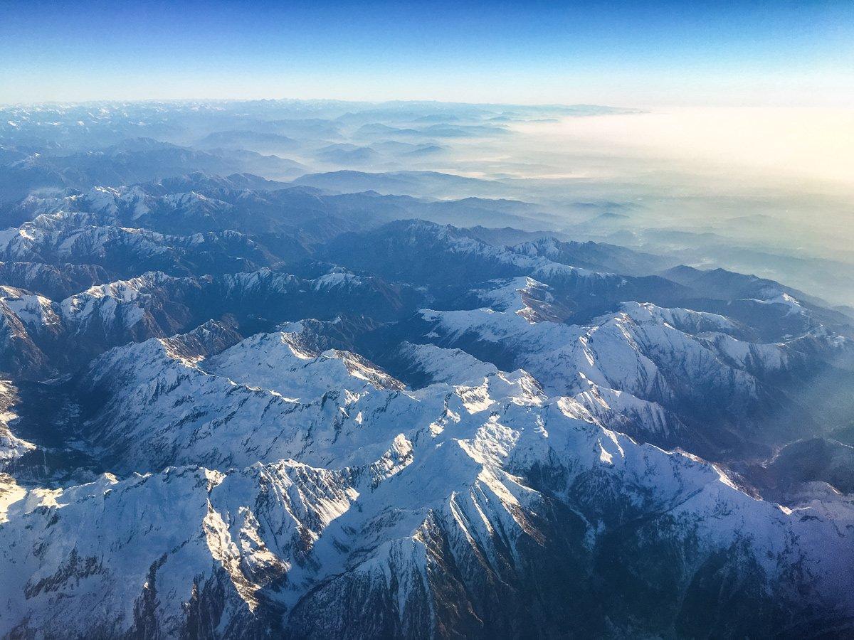 Sorvolando le Alpi con un volo Ryanair.Posso portare il cavalletto nel bagaglio a mano?