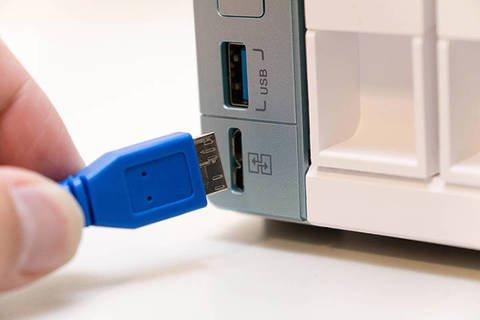 Ogni mese effettuo una copia di sicurezza su Hard Disk esterno