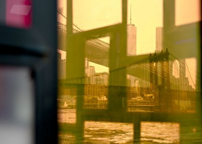USA New York America Manhattan Bridge Brooklynn Dumbo Riflesso Acqua