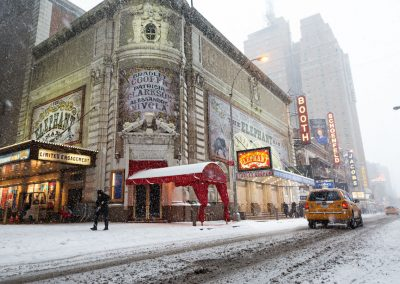 Teatro Neve Nevica New York Broadway Manhattan USA America